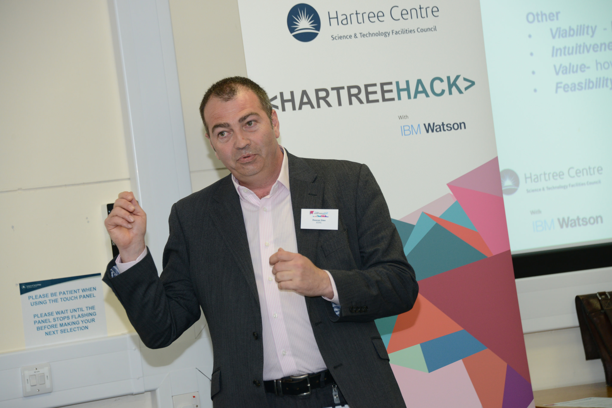 Duncan Sime introducing the Hartree Centre at the Hartree Hack